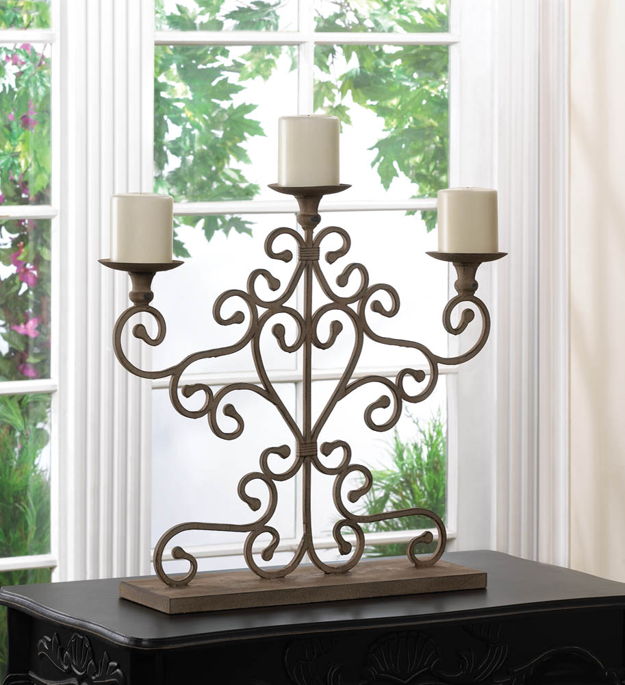 ANTIQUED CANDELABRA 10015540