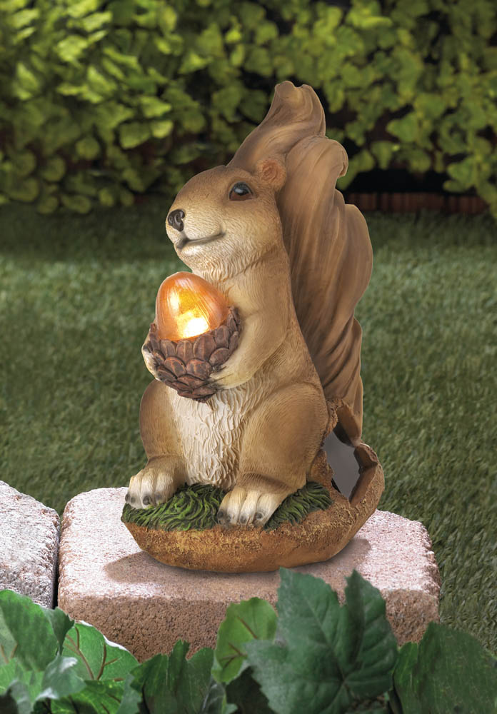 SQUIRREL SOLAR STATUE 10016219