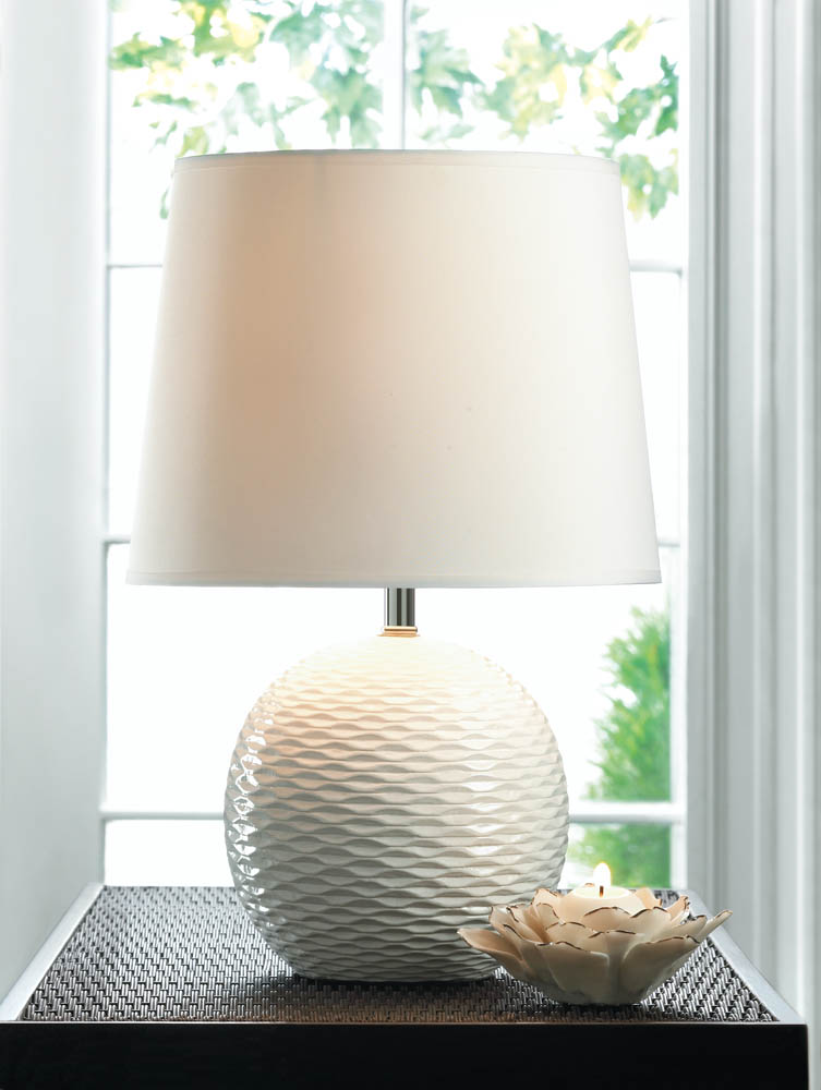 FAIRFAX TABLE LAMP 10016959