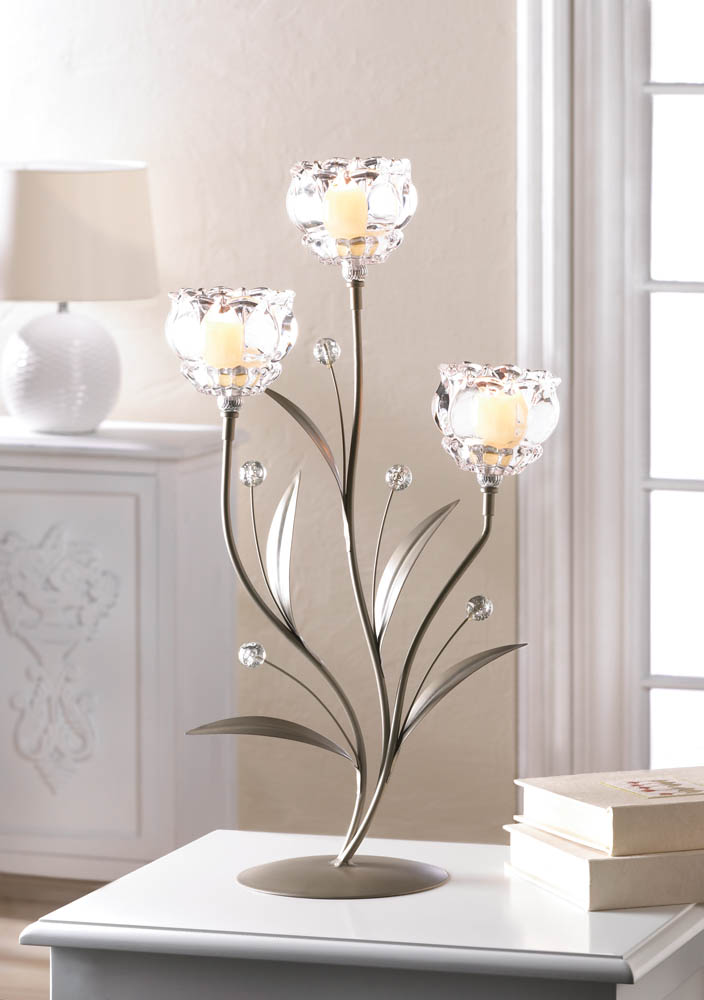 CRYSTAL FLOWER TRIPLE CANDLEHOLDER 10017423