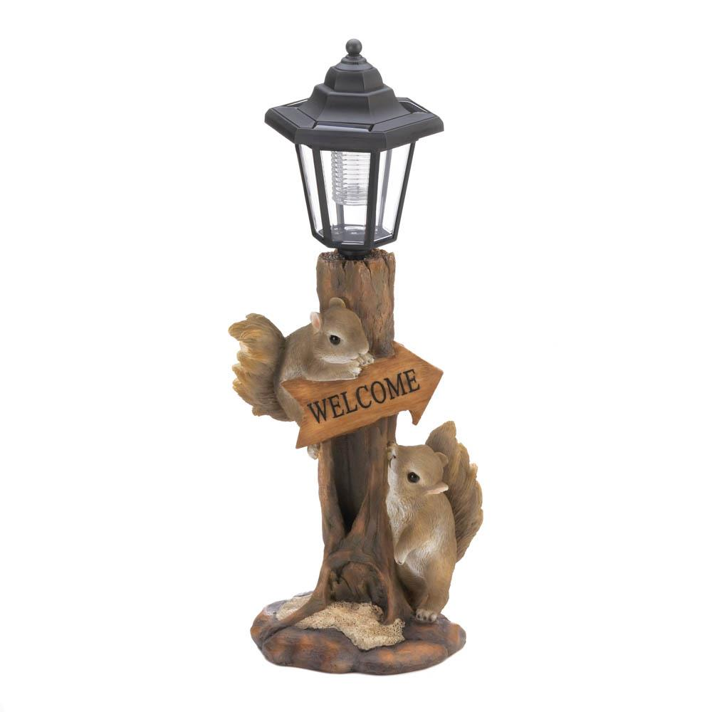 FRIENDLY SQUIRRELS SOLAR LAMP 10018808